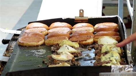 cuisine burger food the duck burger cuisine