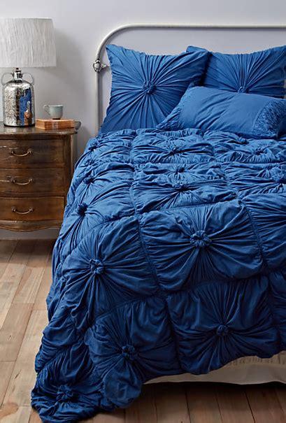 cheer   blue bedding decor questions