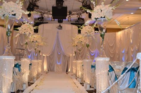 Columns For Decorations by Columns Wedding Aisle Columns