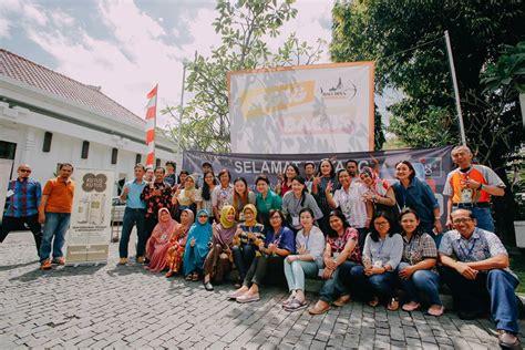 Minyak Kutus Kutus Bali Kota Denpasar Bali produk herbal bali minyak kutus kutus bakal mendunia