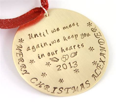 Ornaments To Remember Loved Ones - personalized memorial ornament gift in memory