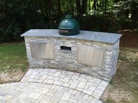 outdoor kitchen countertops ideas 13 outdoor kitchen countertop options landscaping ideas