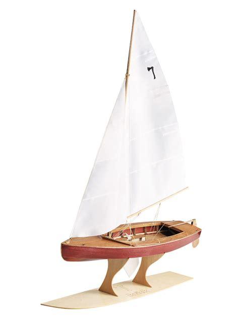 Gfk Jolle Lackieren by Modellbau Schiffe Und Boote Als Bausatz Oder Fertig Gebaut