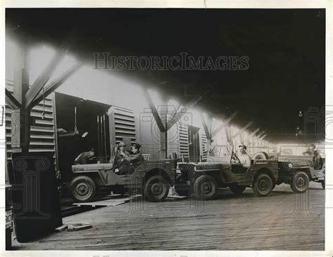 jeep box car dec 23 1941 photo of jeeps driven into box cars ewillys
