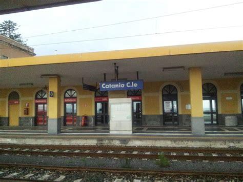 stazione centrale di ufficio informazioni i pendolari e le infrastrutture in sicilia settembre 2012