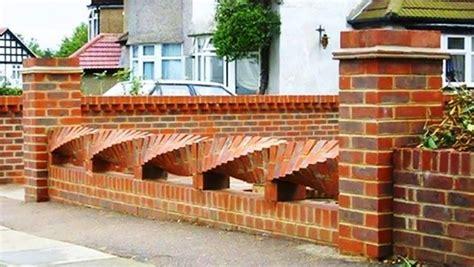 contoh gambar  model pagar tembok rumah minimalis