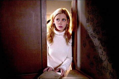 horror actresses images sarah michelle gellar