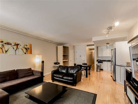 300 square feet room sleeps 6 2 bed 2 bath financial district vrbo