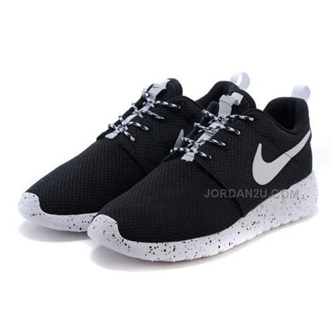 womens nike roshe run shoes whiteblack price
