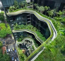 Garden Of Hotel Organic Shapes And Ravishing Sky Gardens Parkroyal Hotel