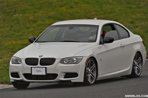 2011 bmw 335i vs 335is bmwblog on track comparison m3 vs 335is bmw s sibling