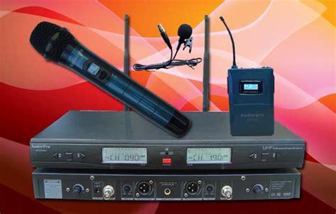 Mic Kancing Jepit Wireless Microphone Masjid Musholla Wireless Terla ap 929wm hl mic handheld clip on seminar platinum audio sound system jual sound