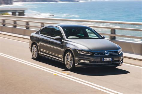 volkswagen passat r line blue 2016 volkswagen passat on sale in australia from 34 990