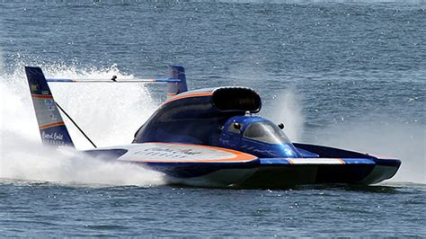 fastest boat in the world insane gopro video of the world s fastest race boats