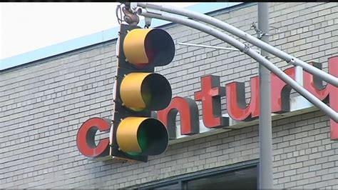 report a traffic light problem broken traffic light in holyoke causing problems youtube