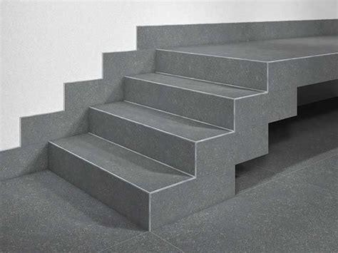 piastrelle per scale esterne piastrelle sottili in gr 232 s laminato quali scegliere e