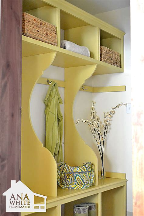 diy mudroom bench plans ana white smiling mudroom diy projects