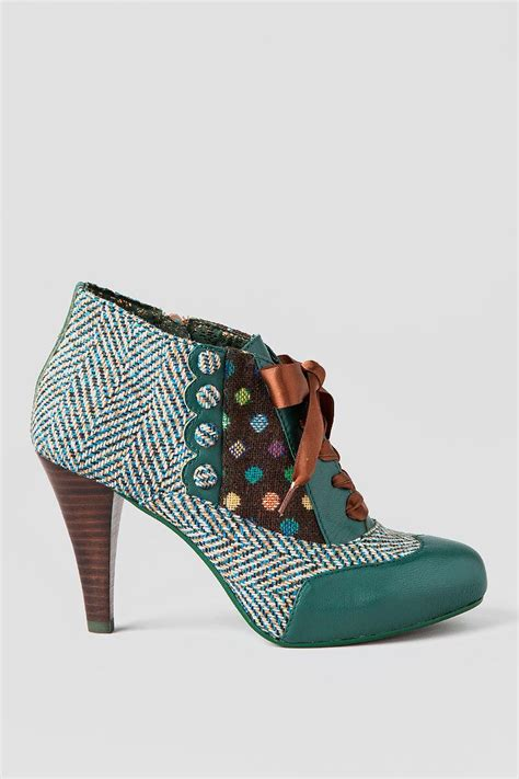 teal oxford shoes poetic license shoes betsey s buttons oxford heel in teal