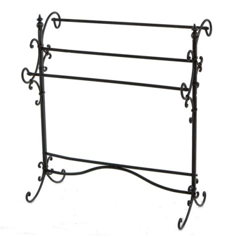 Small Quilt Rack by Solutions On Small Quilt Racks For Small Bedrooms