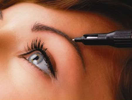 eyebrow tattoos for giving a natural look