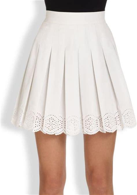 mcqueen pleated eyelet mini skirt in white