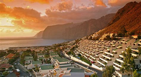 Cheap Holidays in Los Gigantes. Book Low Cost Los Gigantes