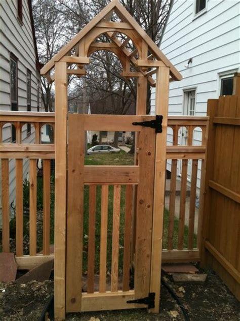 fence arbor  gates  dynadeuce  lumberjockscom