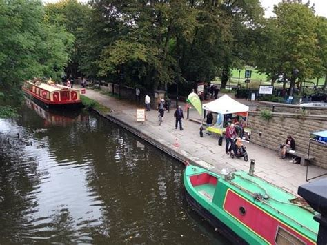 boat trips castleford canal cafe and boat trips picture of saltaire village