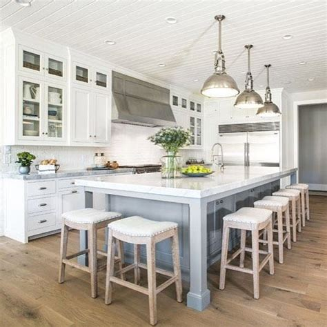 island stools for kitchen best 25 kitchen island with stools ideas on