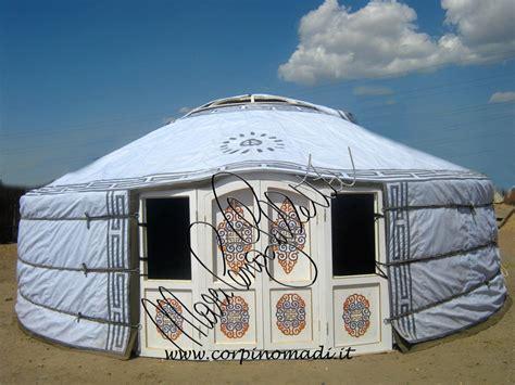 tende mongole conibianchi le yurte firmate da marilena gulletta