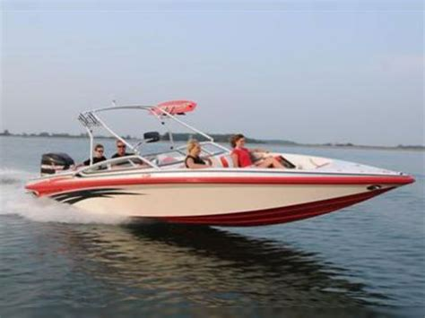checkmate boats reviews checkmate 2400 pulsare for sale daily boats buy