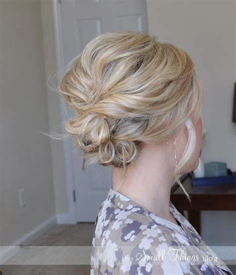easy messy buns for shoulder length hair 20 gorgeous messy wedding updos pretty designs