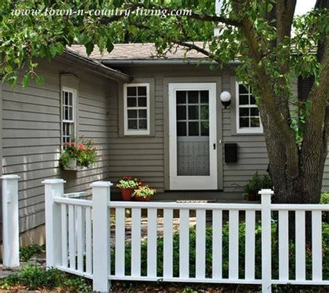 house with fence 8 easy ways to create curb appeal town country living