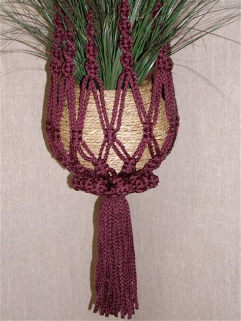 Macrame Plant Hanger Tutorial - 15 best images about macrame on macrame free