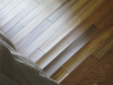 Hardwood Floor Buckling Floor To Your Door Summer Humidity How It Effects Your Hardwood Floors