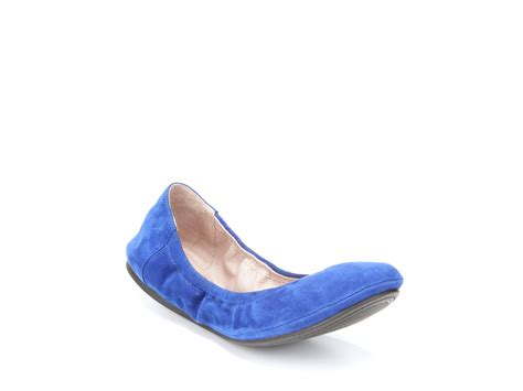 vince camuto shoes flats vince camuto ballet flats in blue lapis lyst