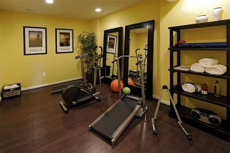 home gym decor ideas home gym flooring decorating small photos basement