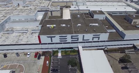 fremont tesla factory tesla factory worker goes about working conditions
