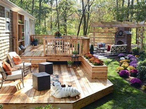 deck in backyard simple and easy backyard privacy ideas midcityeast