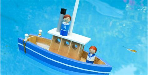 little boats for kids how to make a toy paddle boat