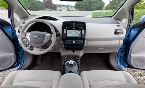 nissan leaf 2016 interior 2016 nissan leaf release date battery changes range