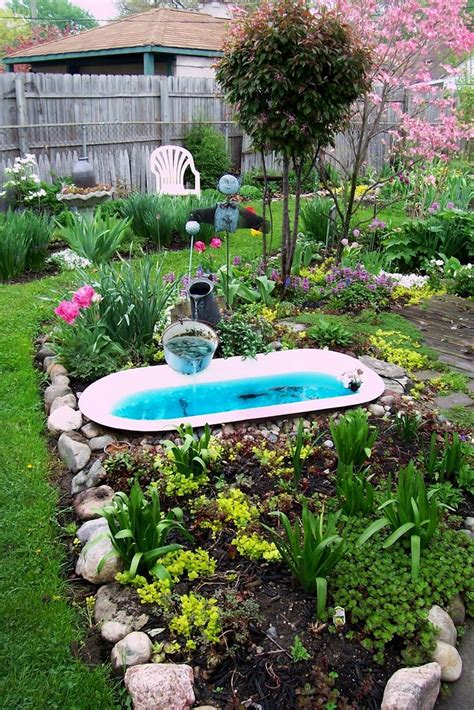 bathtub garden repurposed tub small garden ponds pinterest gardens