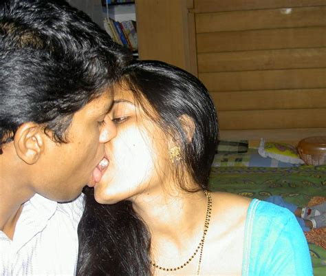 village bedroom sex hot indian aunties photos saree pics arpitha aunty