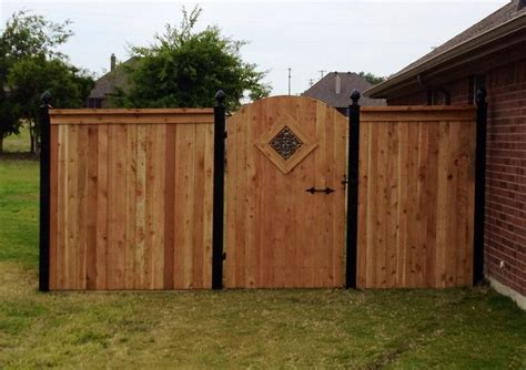 a guide to different wood fence styles buzz custom fence