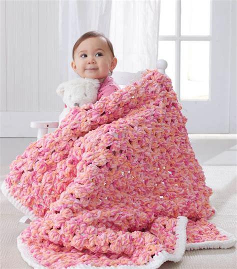 Yarn Baby Blanket Patterns by 25 Best Ideas About Bernat Baby Yarn On