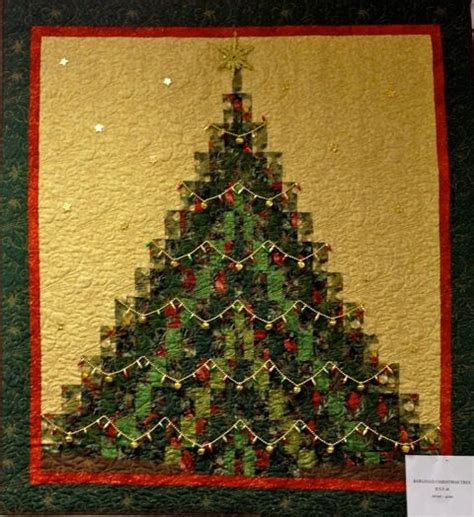 Bargello Christmas Tree Quilt Pattern   901 best christmas quilts images on pinterest