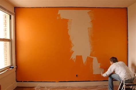 how to paint a room to make it look bigger how to
