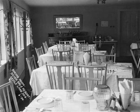the dining room at the society s lake dining room at the silver dale resort 1930