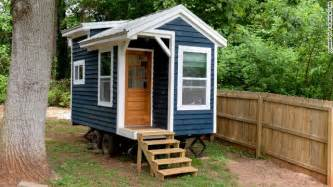 Small Home Builders In Ta Has Anyone Tried Putting A Tiny House On Wheels On Their