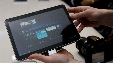 Samsung Galaxy Tab 8 9 samsung s galaxy tab 10 1 8 9 smaller than 2 competitively priced